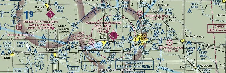 Sectional Image of Mason City Municipal Airport   (KMCW airport)